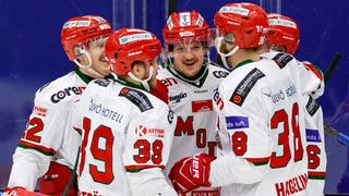 Glada spelare efter Patrik Karlkvists mål
