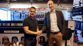 Niclas Lundkvist, Sport 77, och Johan Widebro, MODO Hockey