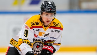 Johan Forsberg i Luleå Hockey-tröja