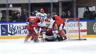 Rörigt framför Vay vid 3-2-målet, foto: Ilkka Ranta / Frilansfotograferna