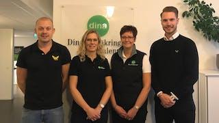 Jens Brandberg och Hugo Pommer från VIK, tillsammans med Anna Svensson och Annika Engquist från Dina Försäkringar.